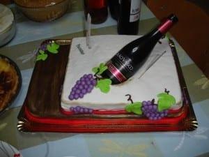 bolo e vinho