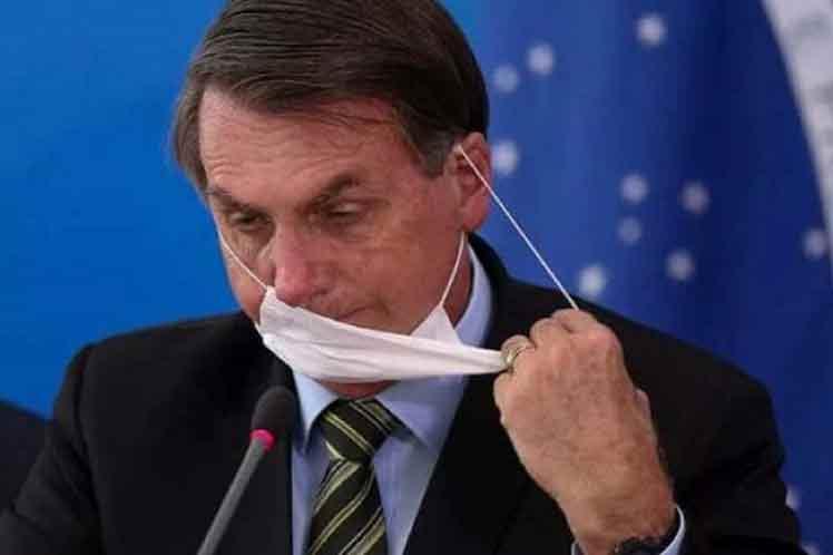 ações e omissões - Bolsonaro