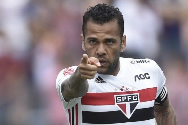 Liga - Daniel Alves Seleção