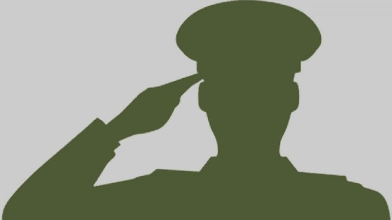 "Militares na ""ativa"" civil"